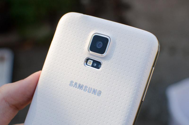 GalaxyS5S-2.jpg