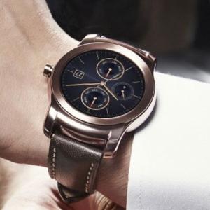 watch-best-smnartwatch-1430822734-GW2F-column-width-inline.jpg