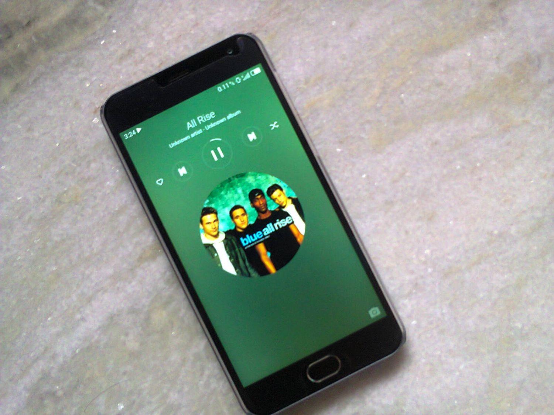 Music Lockscreen.jpg