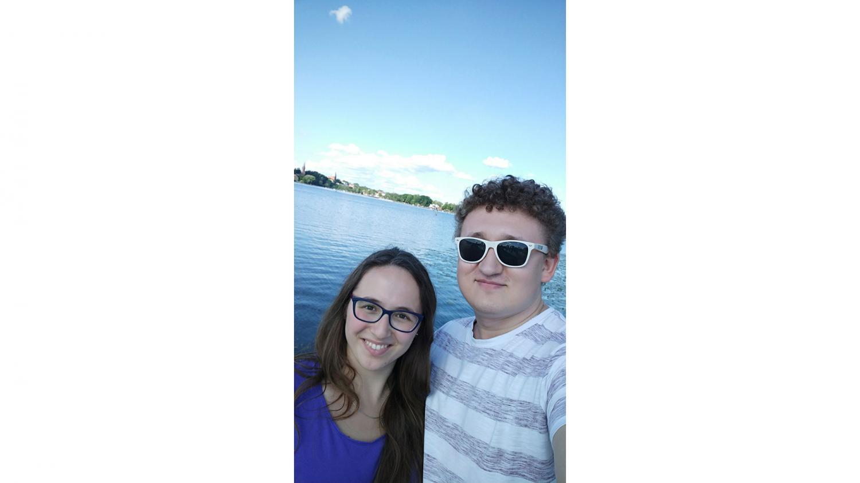 Marcin和他女友.jpg